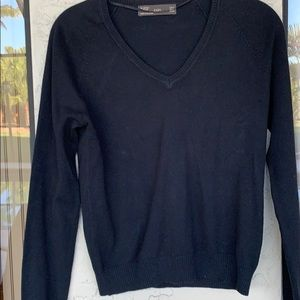ZARA sweater like new
